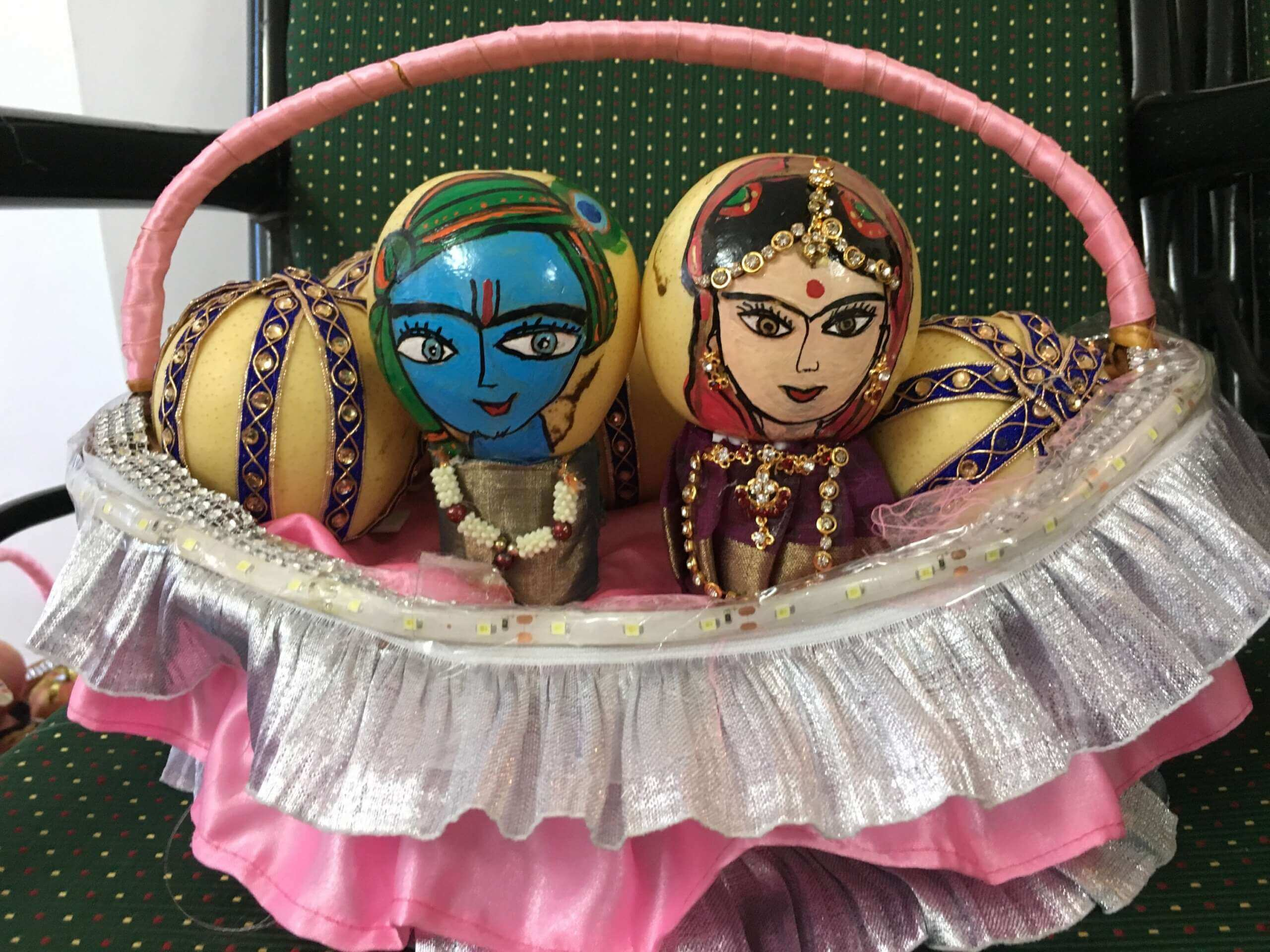 3 Adorable Painting on Fruits – Wedding decoration